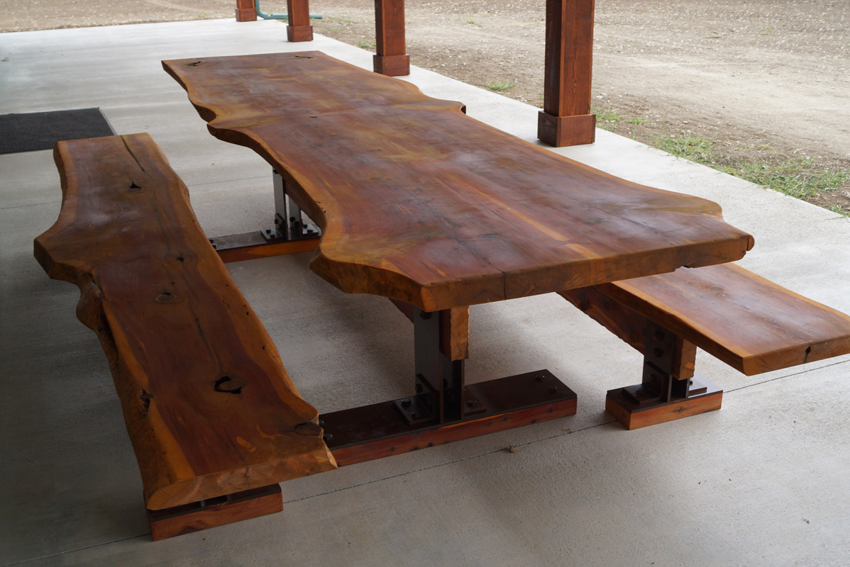 Exceptionnel Live Edge Cedar Picnic Table